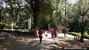 Kawasan persekitaran zoo melaka yang luas