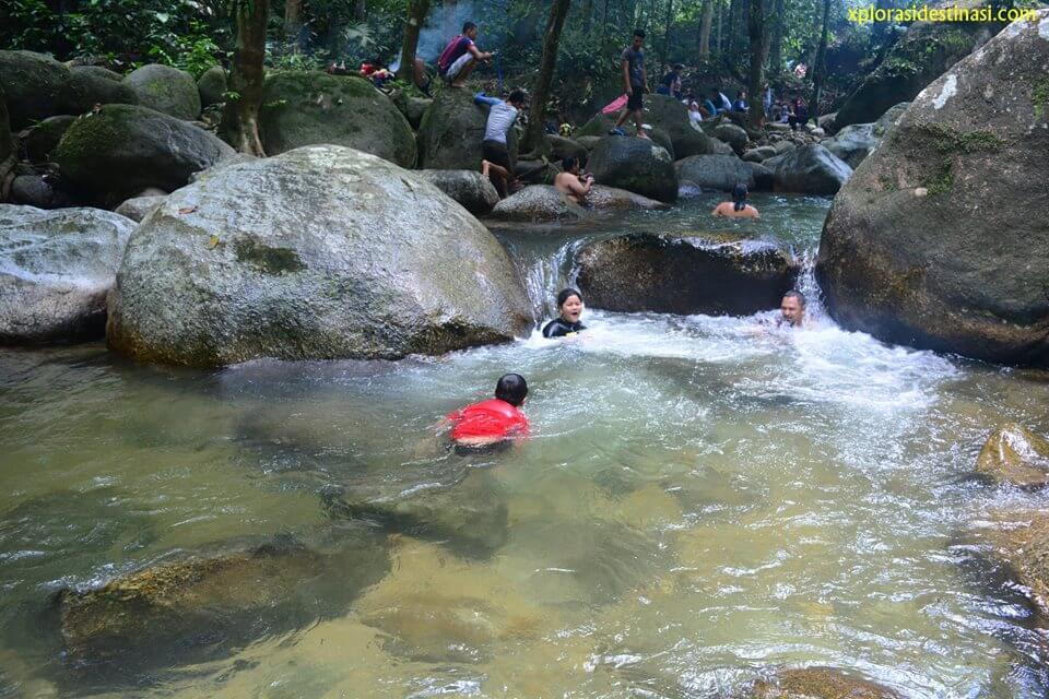 menarik-di-sungai-kedondong