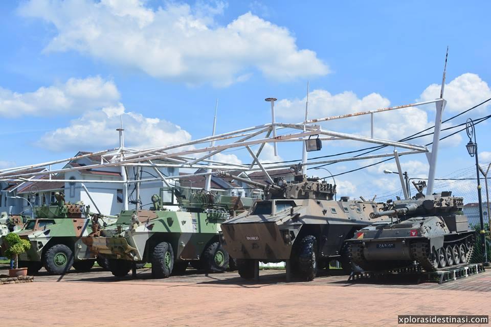 Lawatan ke Muzium Tentera Darat di daerah Lukut, Port Dickson