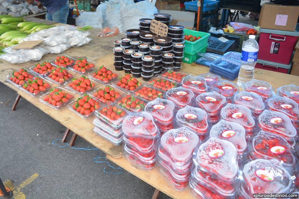 senarai-harga-buah-strawberry-pasar-malam