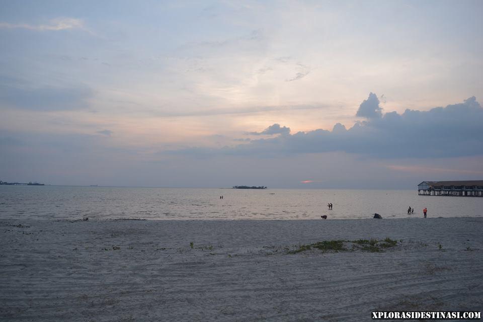 percutian-ke-pantai-tanjung-gemok