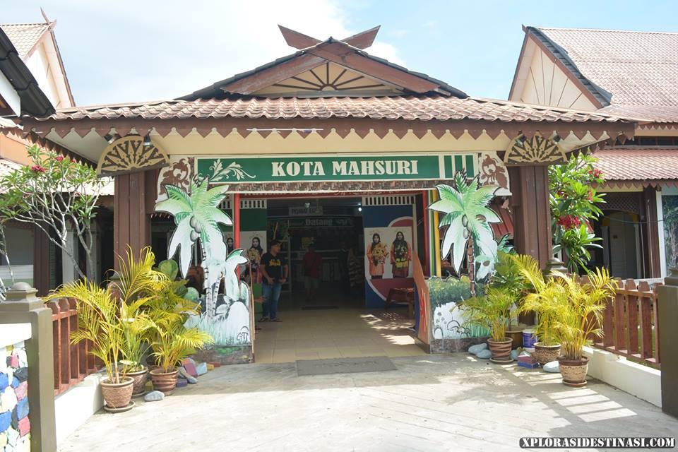 makam-mahsuri-pulau-langkawi