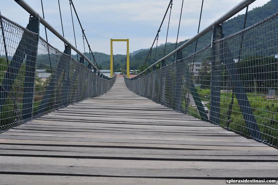 jambatan-gantung-terkenal-di-sabah
