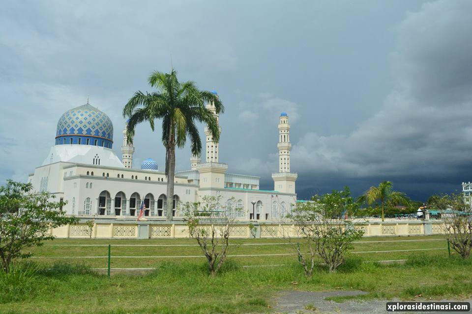 masjid-di-bandaraya-kota-kinabalu