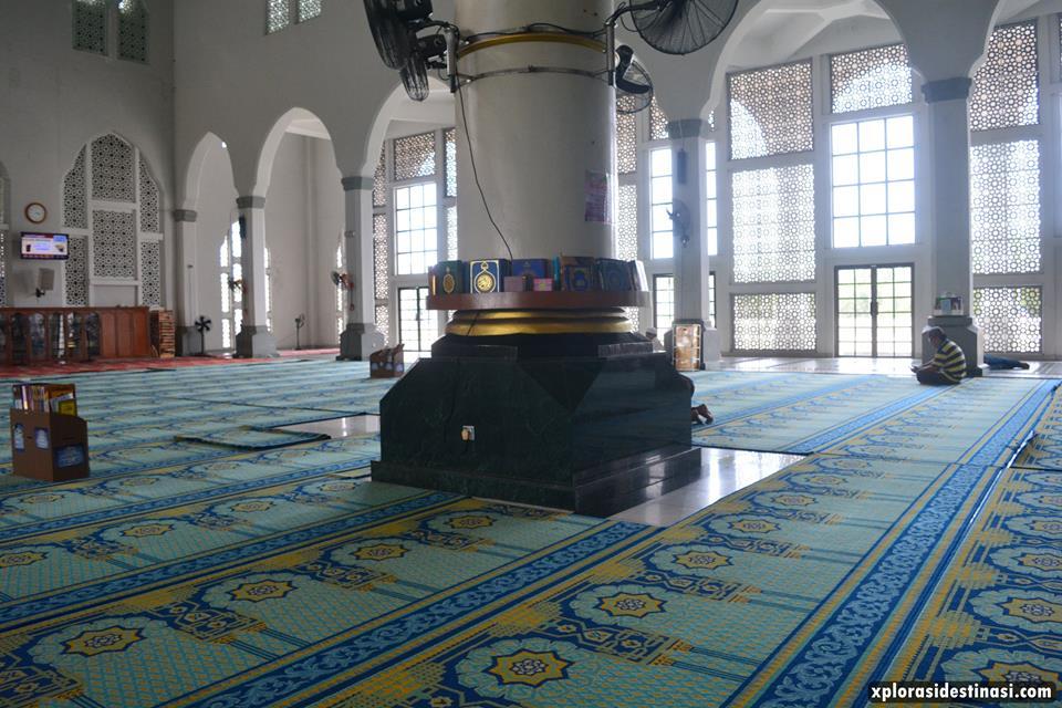 masjid-terapung-di-sabah