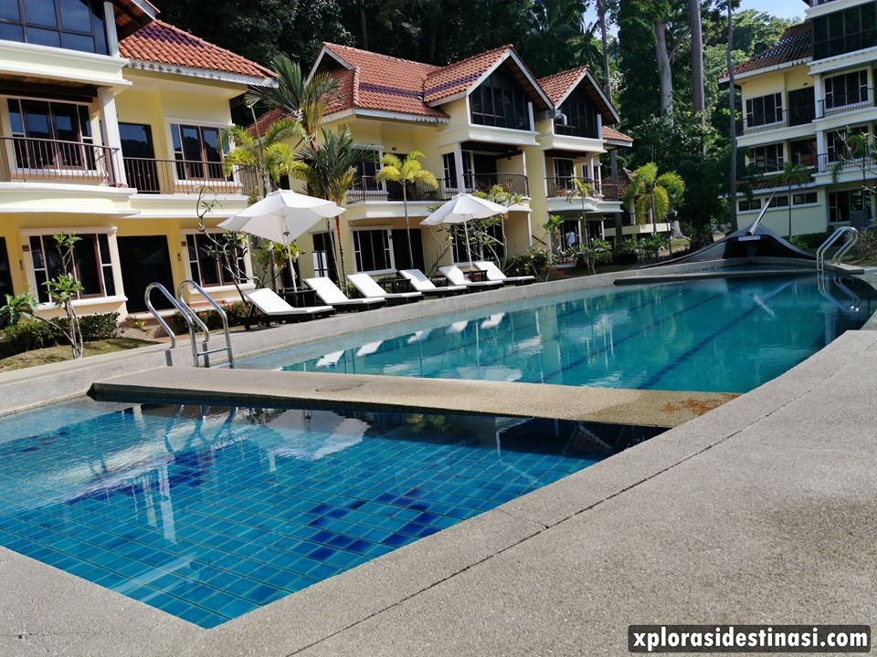 anjungan-beach-pangkor-swimming-pool